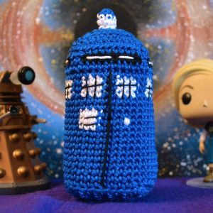 Le Journal de Lalu, blog crochet, patron Tardis au crochet Doctor Who