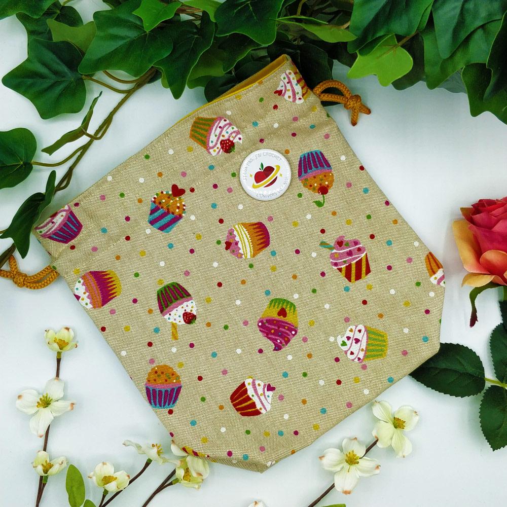 CAL Fêtes des Mamans de l'Univers de Lalu, pour la sortie du patron Cupcake d'amour au crochet
