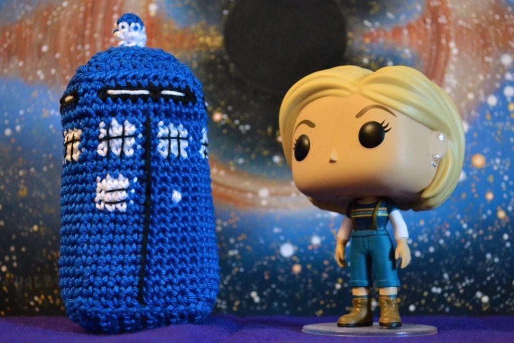 Le Journal de Lalu, blog crochet, patron Tardis au crochet Doctor Who